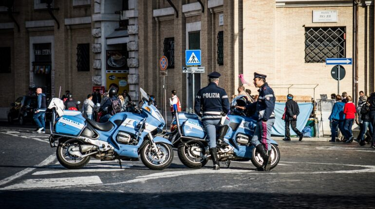 Roma, controlli della polizia